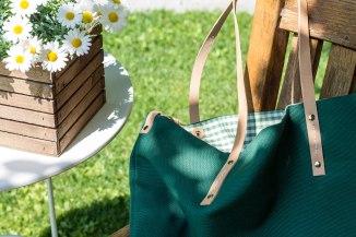 Vichy and daisies